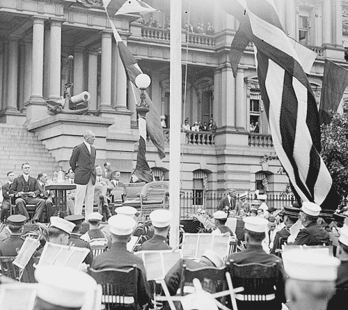 President Wilson on Flag Day. (Library of Congress)