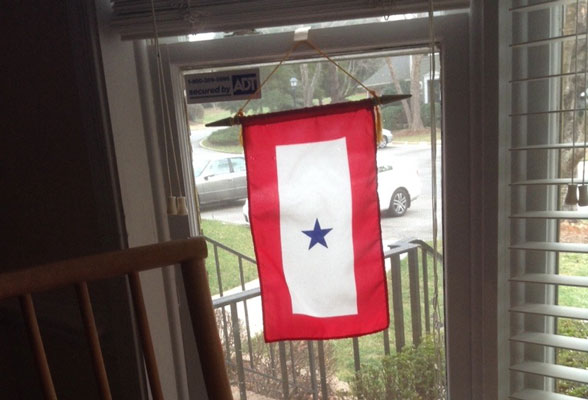Hanging the service star banner vertically in a window or on a door is most common. mothers flag & Blue Star Flags Show Support for Service Members - Gettysburg Flag ...