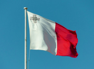Malta Blow Brier Flag