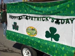 st pattys day parade decorations