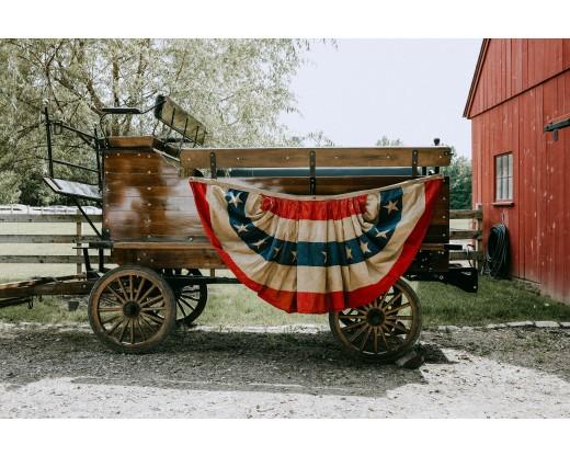 patriotic pleated fan on wagon