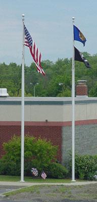 Aluminum internal halyard flagpole